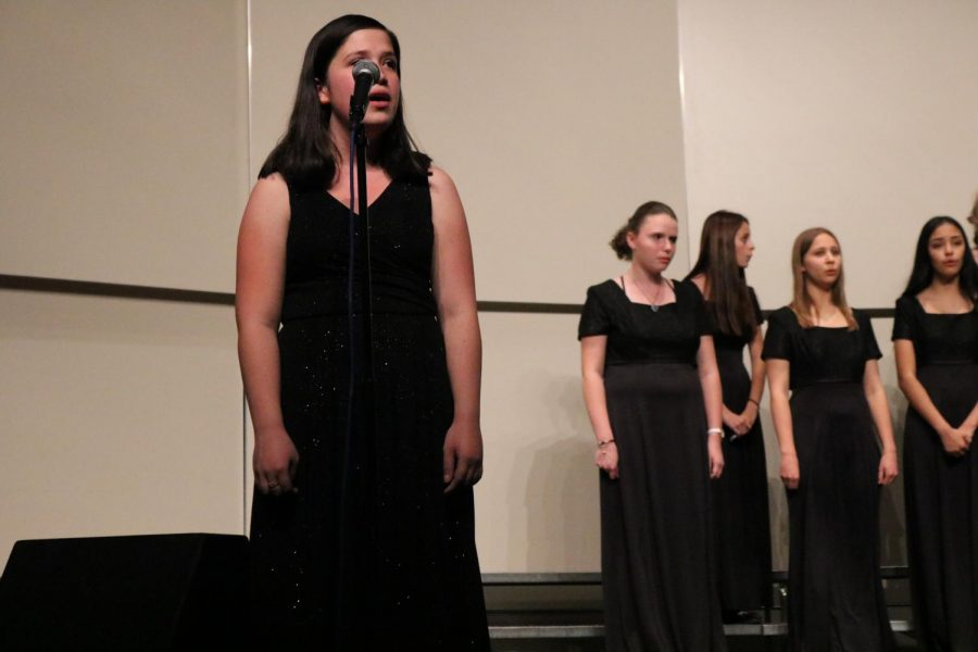 Delta High Schoolers perform first concert of the school year